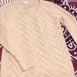 NWOT Pale pink sweater size medium